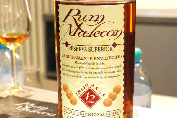 Rum Malecon 12