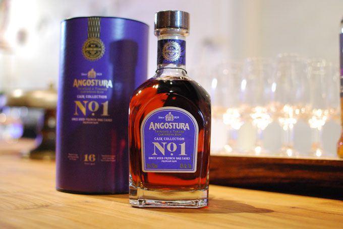 Angostura-No1-Cask-Collection-Once-Used-French-Oak-photo-02