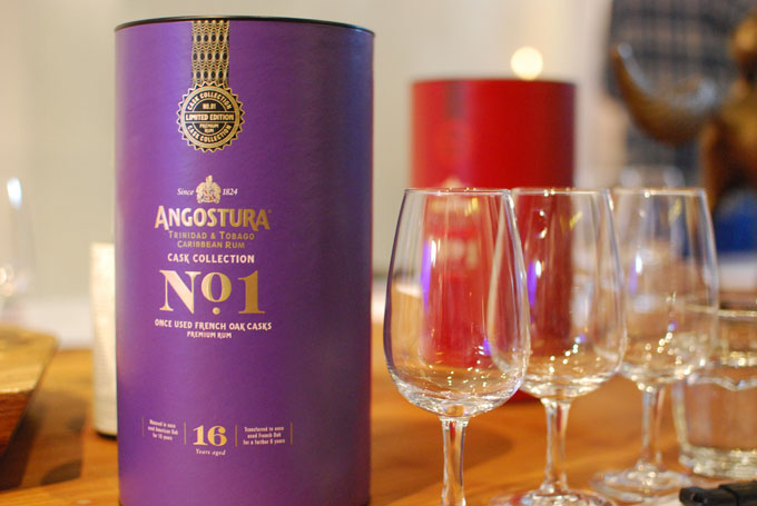 Angostura-No1-Cask-Collection-Once-Used-French-Oak-photo-05