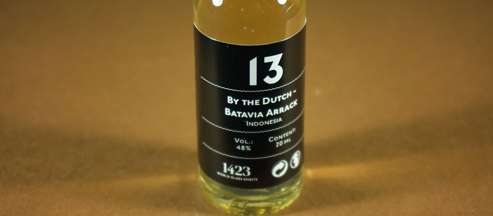 24 Days of Rum 2017: Dag 13 – By the Dutch Batavia Arrack