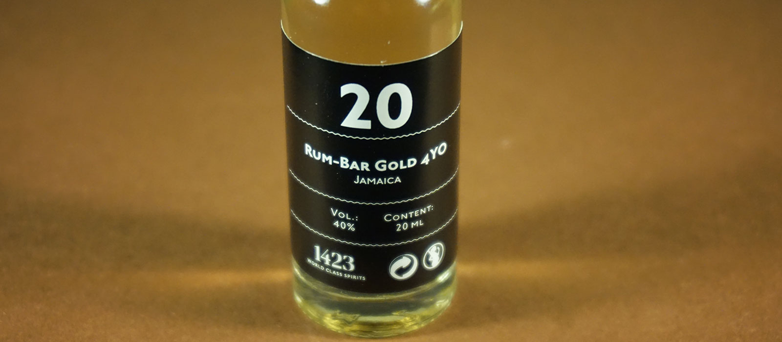 24 Days of Rum 2017: Dag 20 – Rum-Bar Gold 4 YO