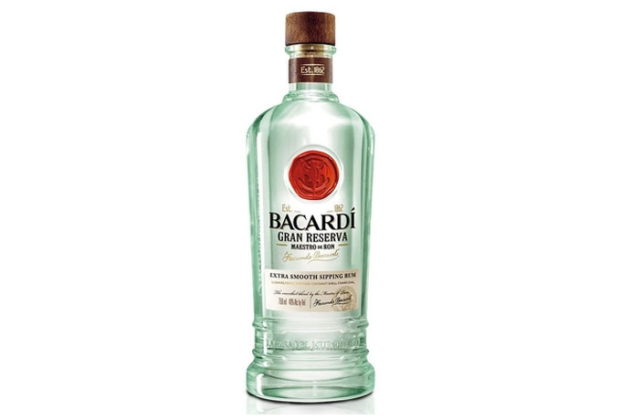 bacardi-gran-reserva-masetro-de-ron-photo01