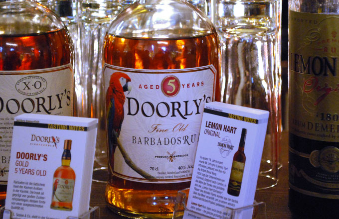 doorlys-rum-5-year-old-photo03
