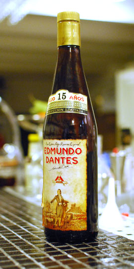 edmundo-dantes-15-bottle