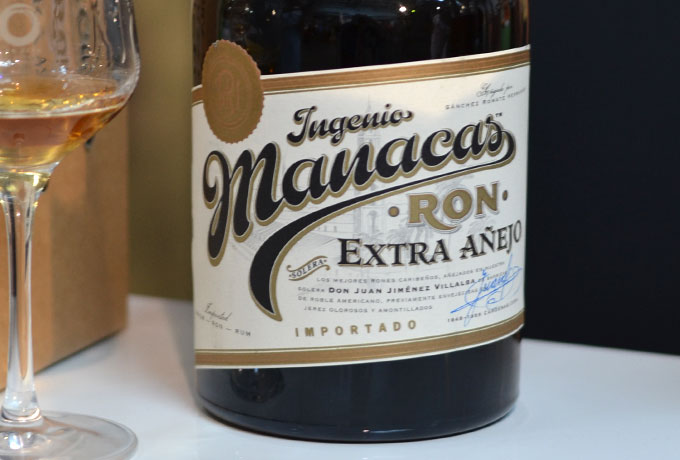 Ingenio Manacas Extra Añejo