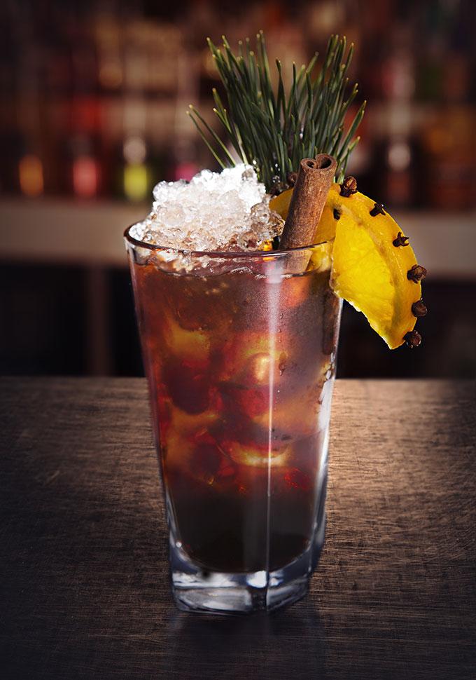 julmust-drinkar-captain-morgan-black-spiced-captains-must