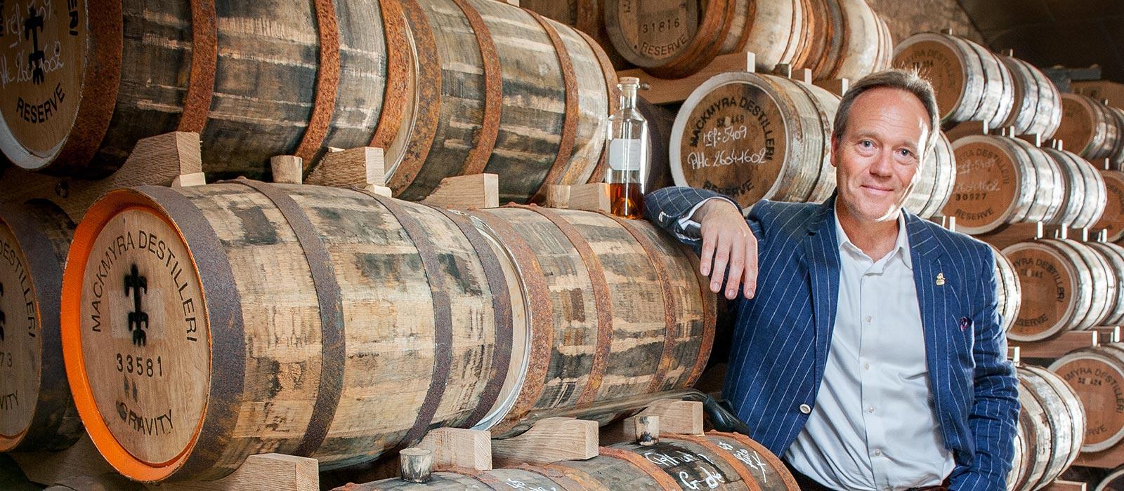 Plantation lanserar rom lagrade på små svenska ekfat – i samarbete med Mackmyra Whisky (Pressrelease)