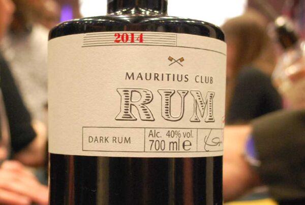 mauritius-club-rum-large