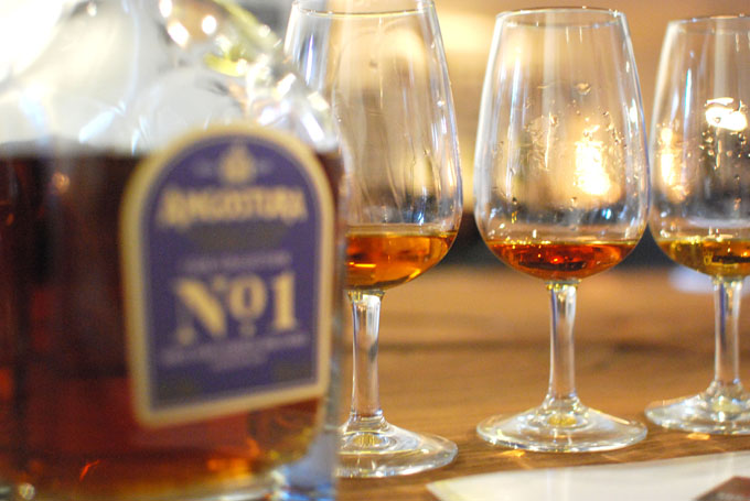 preview-angostura-no-1-second-edition-french-oak-18