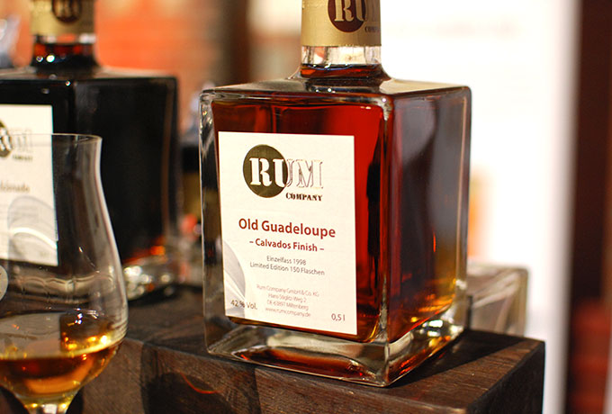 Rum Company Old Guadeloupe Calvados Finish
