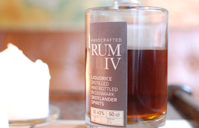 skotlander-rum-IV-liquorice-photo03