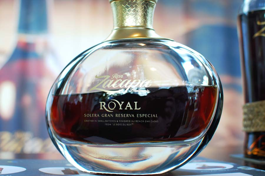 zacapa-royal-photo01-rotm16